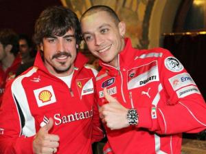 Valentino Rossi e Fernando Alonso con le tute nel tessuto brevettato da Mectex