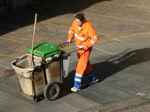 rifiuta-lavoro-spazzino-netturbino