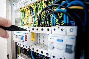 PES, PAV, PEI e normativa sui lavori elettrici, ecco tutte le novità