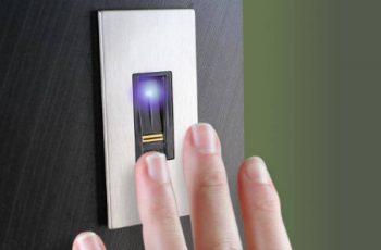 CGIL: Controllo biometrico della presenza, dirigenti e ATA vengano esclusi dall'obbligo
